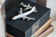 Books with vintage airplanes