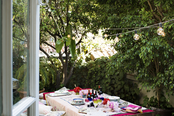 Easy & Affordable Ideas For Outdoor Entertaining