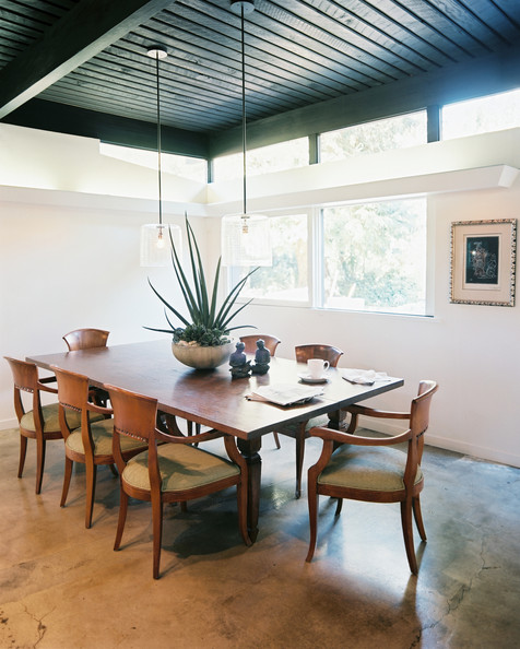 Dark ceiling photos design ideas remodel and decor lonny for White walls black ceiling