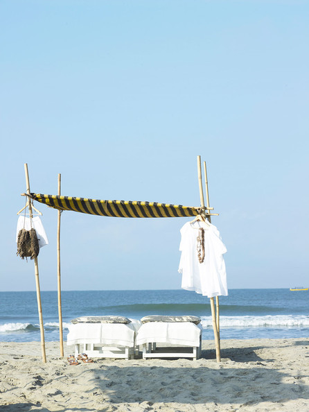 Laurence Dolige In Goa Photos (1 of 9) []