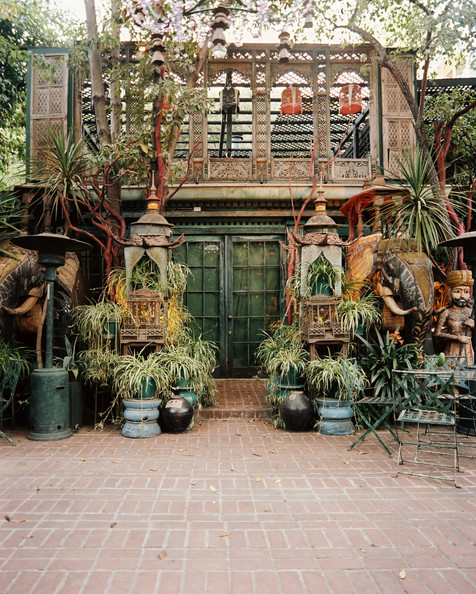 heat lamp potted plants in an outdoor living space. Black Bedroom Furniture Sets. Home Design Ideas