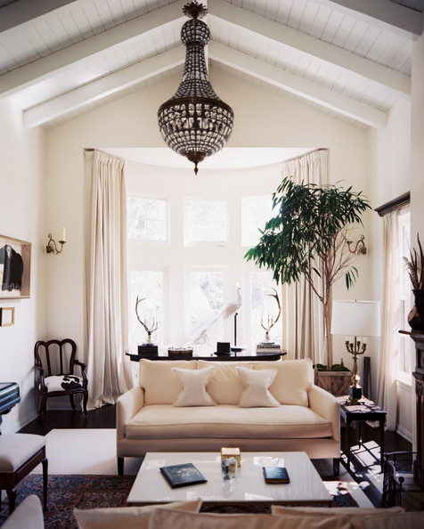 Living Room Ceiling Design Director: CSI Miami Star Emily Procter's Los