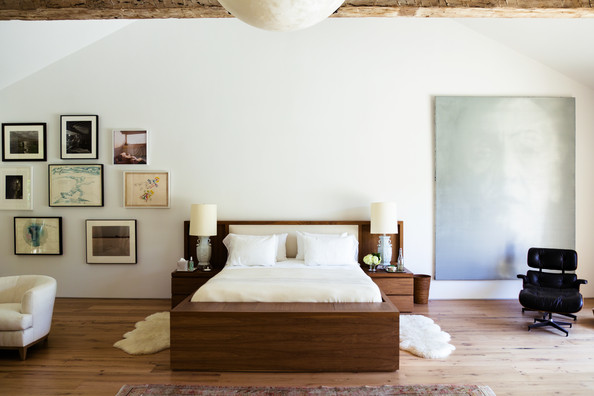 20 Times Art Made The Room
