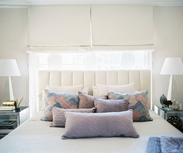 Ways To Arrange Bed Pillows Photos (15 of 57)