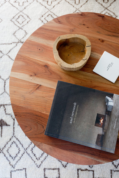 Wooden Coffee Table Photos (2 of 25)