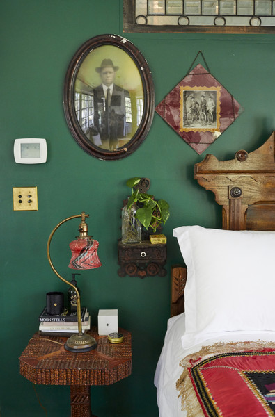Green Walls Photos (2 of 33) []