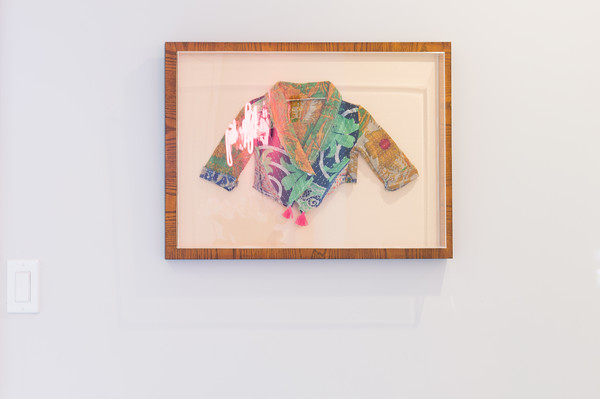 Colorful Framed Object Photos (1 of 1) []