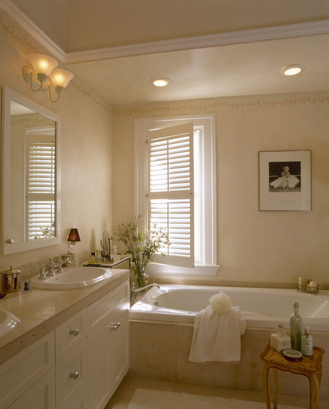 Beige bathroom photos 79 of 188 lonny - Beige bathroom design ...