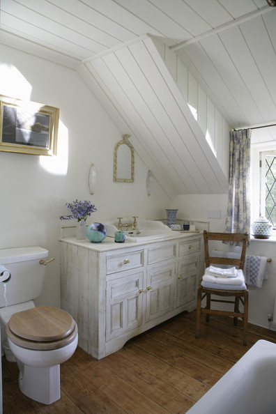 Country bathroom photos 59 of 98 lonny Bathroom design ideas country