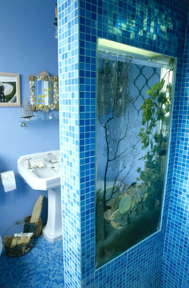 Pedestal sink photos 21 of 21 lonny for R f bathrooms and kitchens