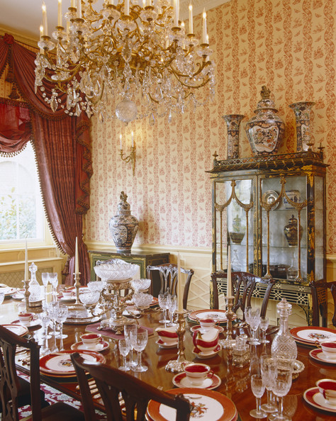 Red dining room photos 57 of 84 lonny for Traditional red dining room
