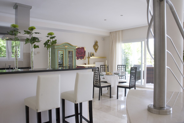 Contemporary Dining Room Photos (273 of 402)
