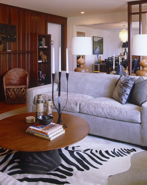 Brown gray contemporary family room living room design for Grey and brown living room ideas