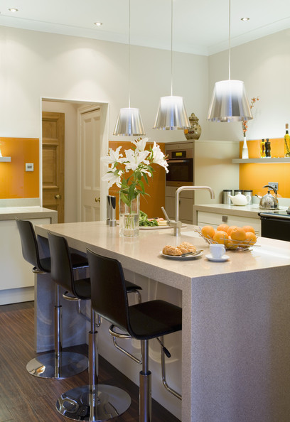 Bold Colored Kitchen Photos (3 of 28)