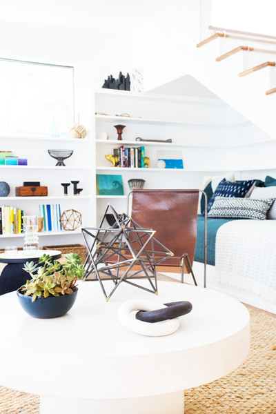 Furniture And Decor Pieces May Not Touch Or Overlap