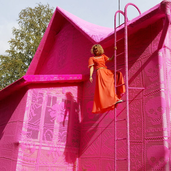 #OurPinkHouse Will Make Your Day