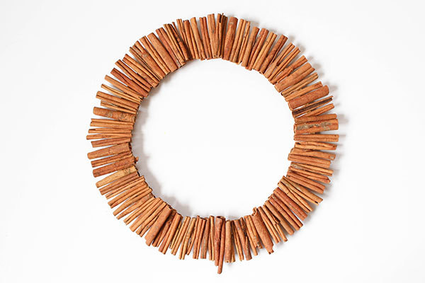 Fall Decorating: How to Make a Cinnamon-Stick Wreath