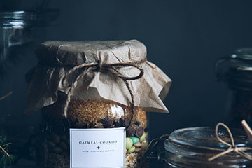 DIY To Try: Gorgeous Edible Gifts In Jars