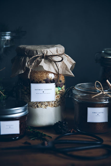 Diy to try gorgeous edible gifts in jars do it yourself projects courtesy of call me cupcake solutioingenieria Images