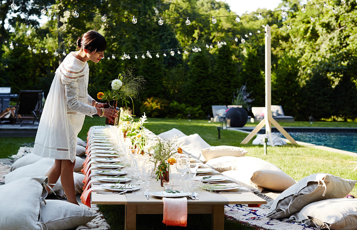 Lauren Bush Lauren Throws a Modern-Rustic Kitchensurfing Dinner Party