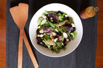 An Easy (and Healthy!) Super Bowl Salad