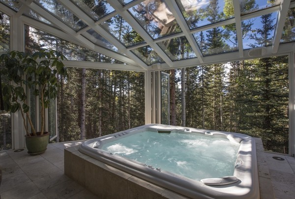 Indoor Hot Tub - Step Inside Oprah\'s New $14 Million Colorado ...