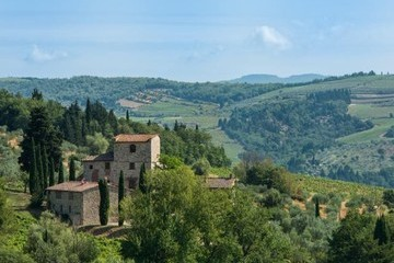 Michelangelo's Postcard-Worthy Tuscan Estate Is on the Market for $8.5 Million