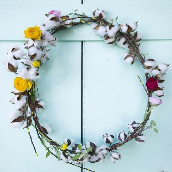 How To: Terrain's Spring Cotton Wreath