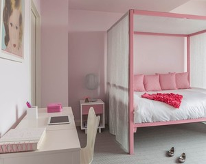 3 Ways with Canopy Beds