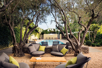 Outdoor Living Ideas from One of the Best Hotel Pools Around