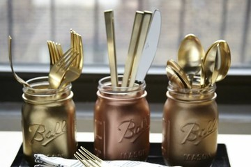 An Easy (and Pretty!) Idea For Storing Flatware