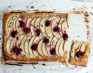 A Winter Fruit and Mascarpone Tart to Ease You Into Spring