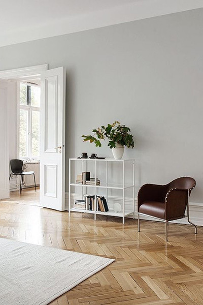 Herringbone pattern pinterest predicts the top home for Light grey wall paint