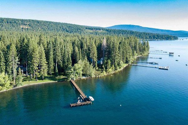Acres On Acres - Inside Mark Zuckerberg's $59 Million Lake Tahoe Compound - Lonny