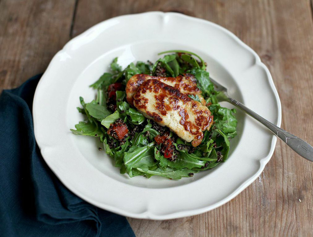 grilled halloumi with quinoa grilled halloumi cheese salad warm quinoa ...