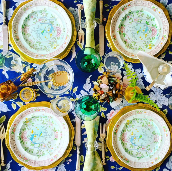 3 Instagram Tablescapers That Will Inspire Your Thanksgiving