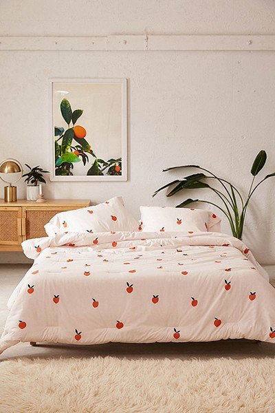 Peachy Keen 15 Twin Xl Bedding Pieces That Are Actually Cool Lonny