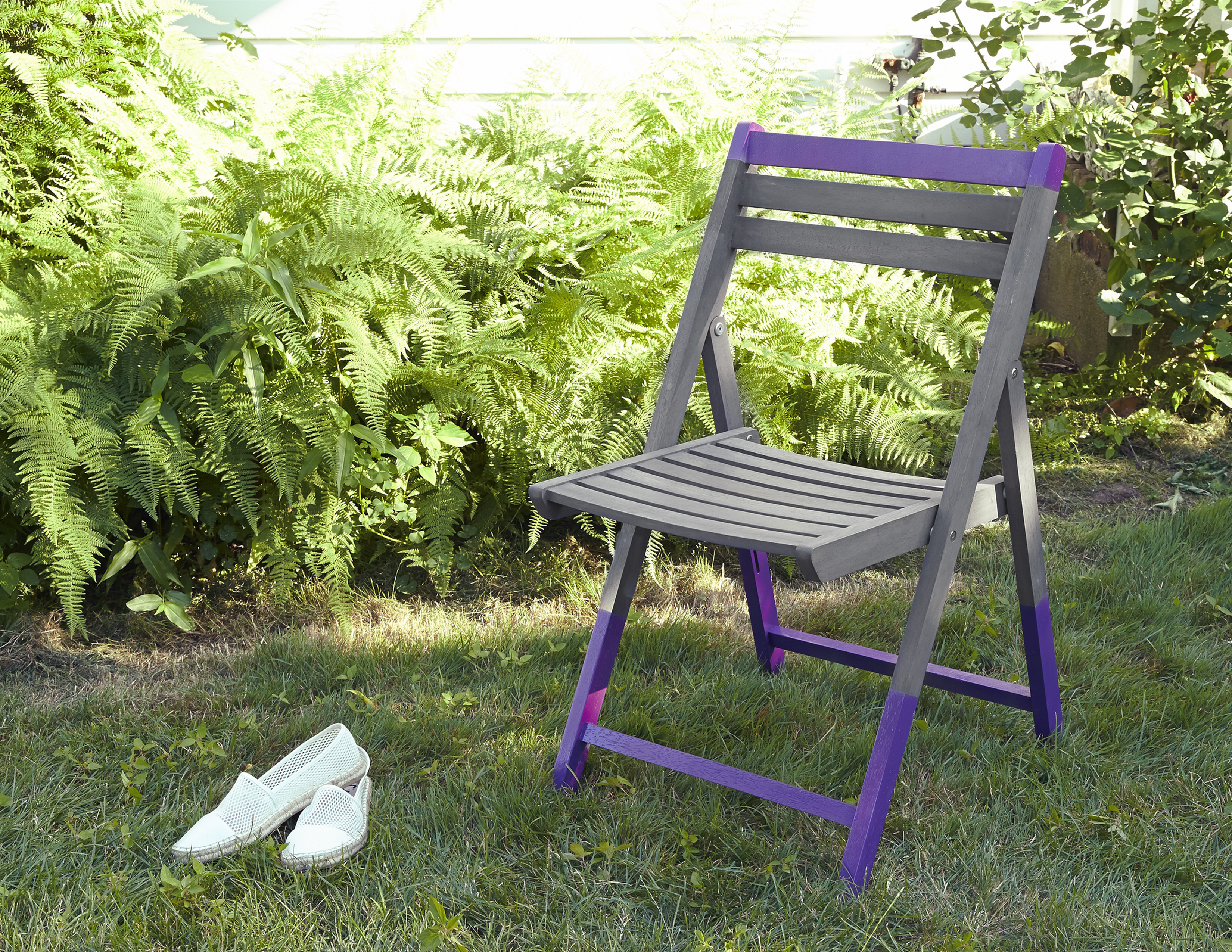 DIY Spruce Up A Wood Folding Chair Do It Yourself Projects Lonny