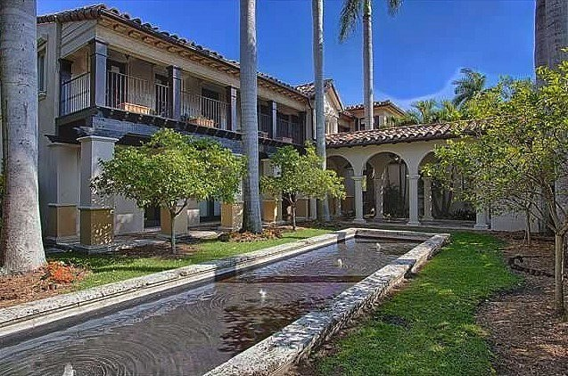 Matt damon miami fl celebrity homes lonny for Celebrity homes in florida