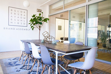 You'll Want to Work in this Cheerful Co-working Space