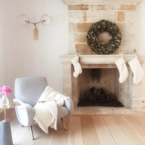 How Interior Designers Decorate For The Holidays
