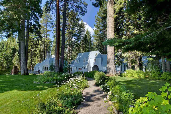 Full Of Charm - Inside Mark Zuckerberg's $59 Million Lake Tahoe Compound - Lonny