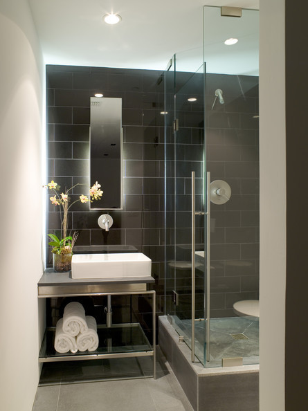 Dramatic Tile Modern Bathrooms Lonny