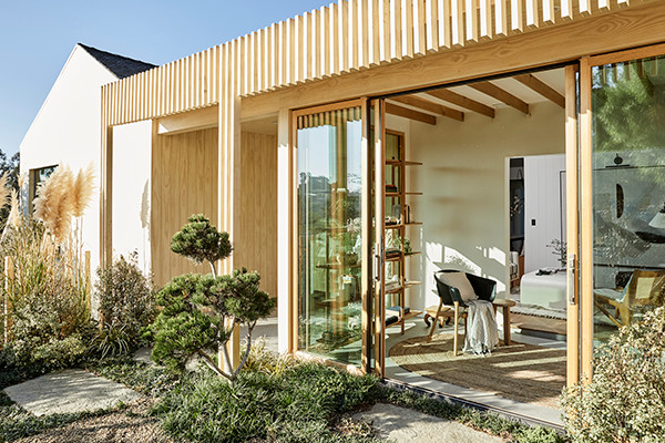 This Beautiful Home Renovation Has The Backyard Of Quarantine Dreams
