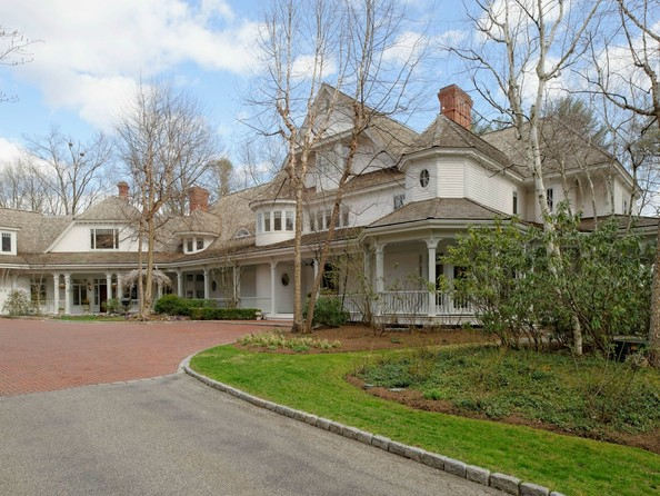 Director Ron Howard's Greenwich Compound