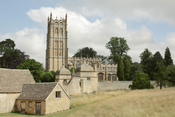 A Destination Wedding in the English Cotswolds