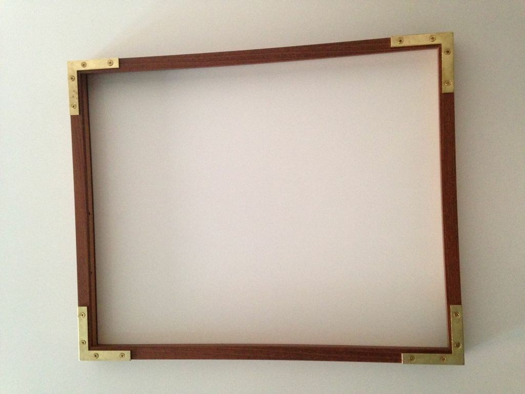 Gold Touch - Ikea Hack: A DIY Frame with Brass Corners - Lonny