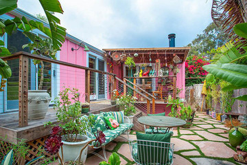 Betsey Johnson Is Selling Her Hot Pink Mobile Home For $1.95 Million