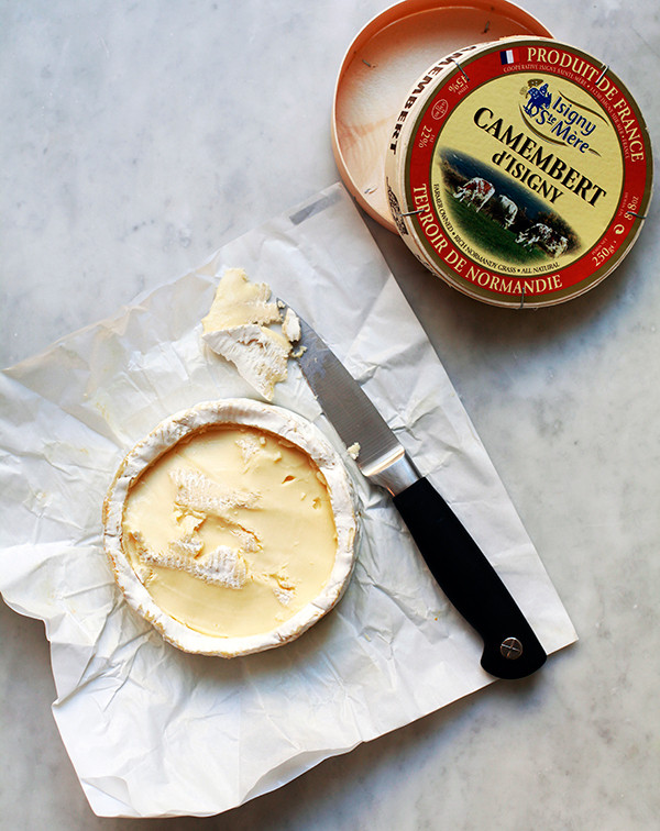 The Cheese Spread Your Super Bowl Guests Will Obsess Over