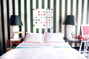Throwback Home Tour: Nick Olsen's Tiny Red-and-Green Apartment